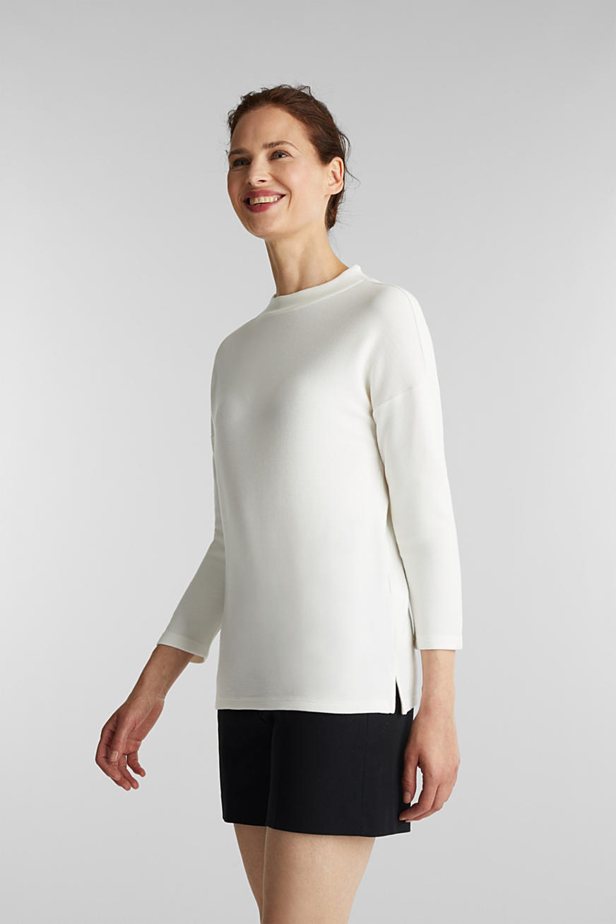 Ribbed sweatshirt with a stand-up collar
