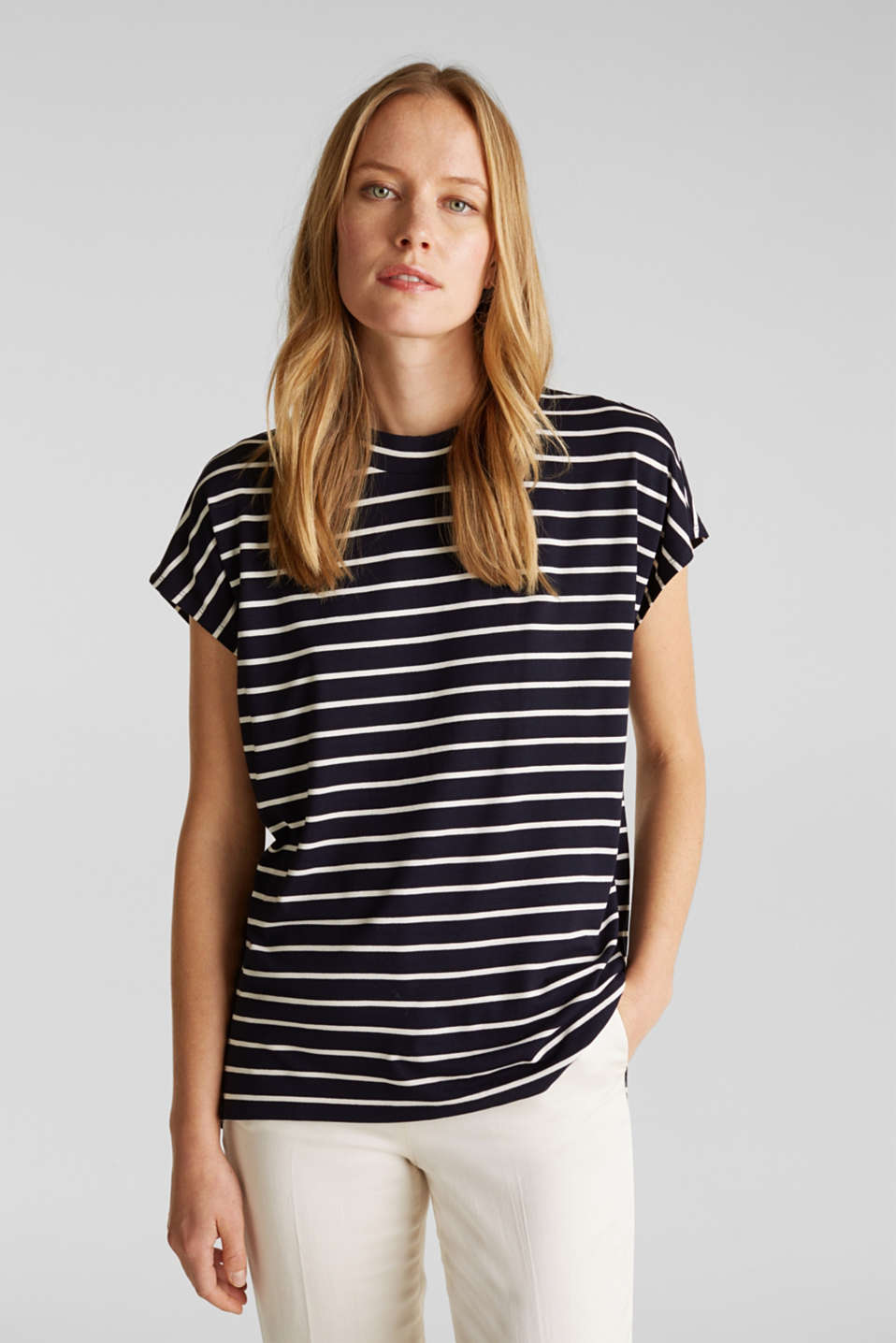 Esprit - Stretch top with stripes