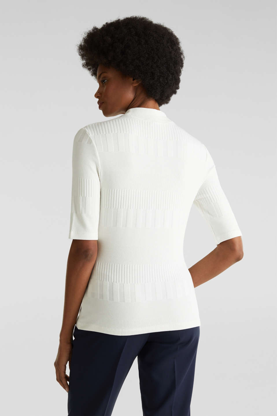 Stretch top with band collar and texture, OFF WHITE, detail image number 2
