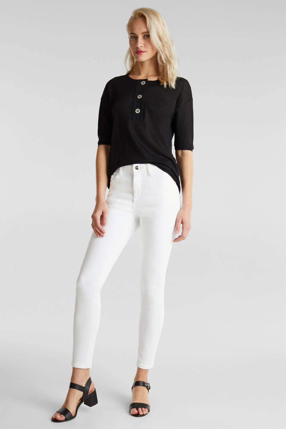 Made of 100% linen: Top with a button placket, BLACK, detail image number 1