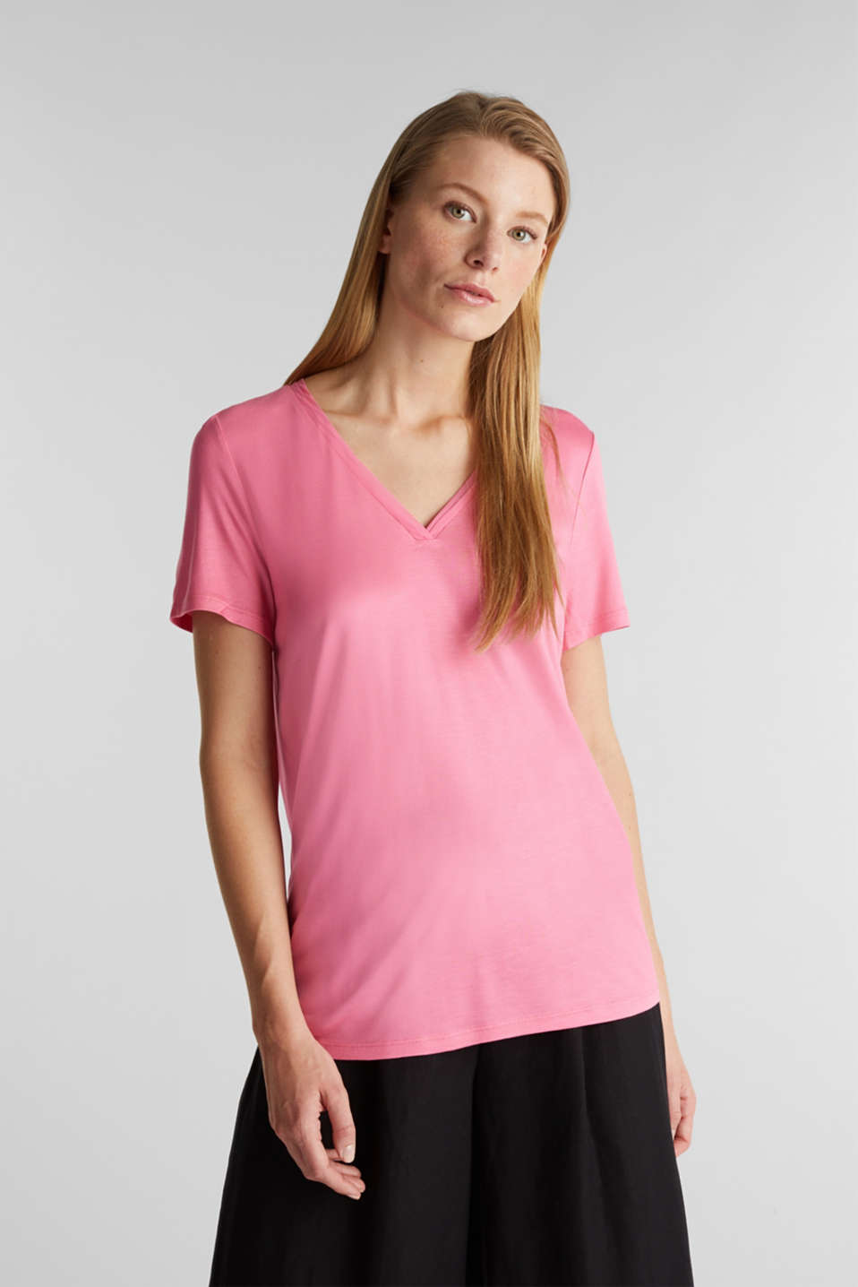 Esprit - V-neck top with chiffon trims