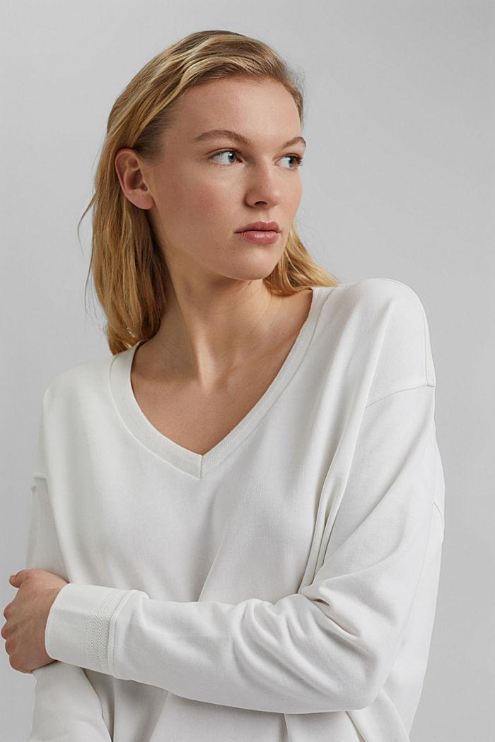 V-neck sweatshirt made of organic cotton, OFF WHITE, detail image number 5