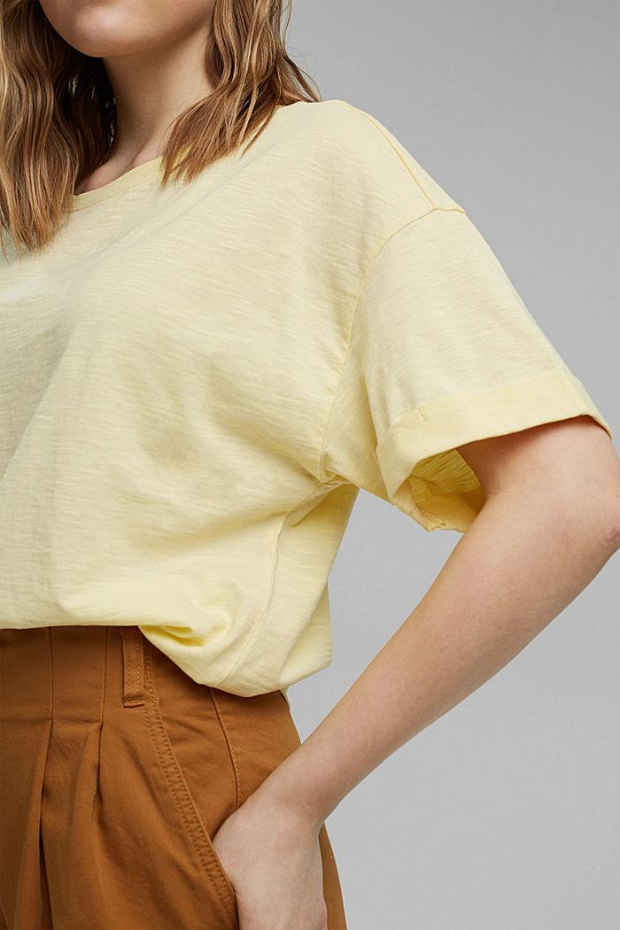 Basic T-shirt made of 100% organic cotton, LIGHT YELLOW, detail image number 2