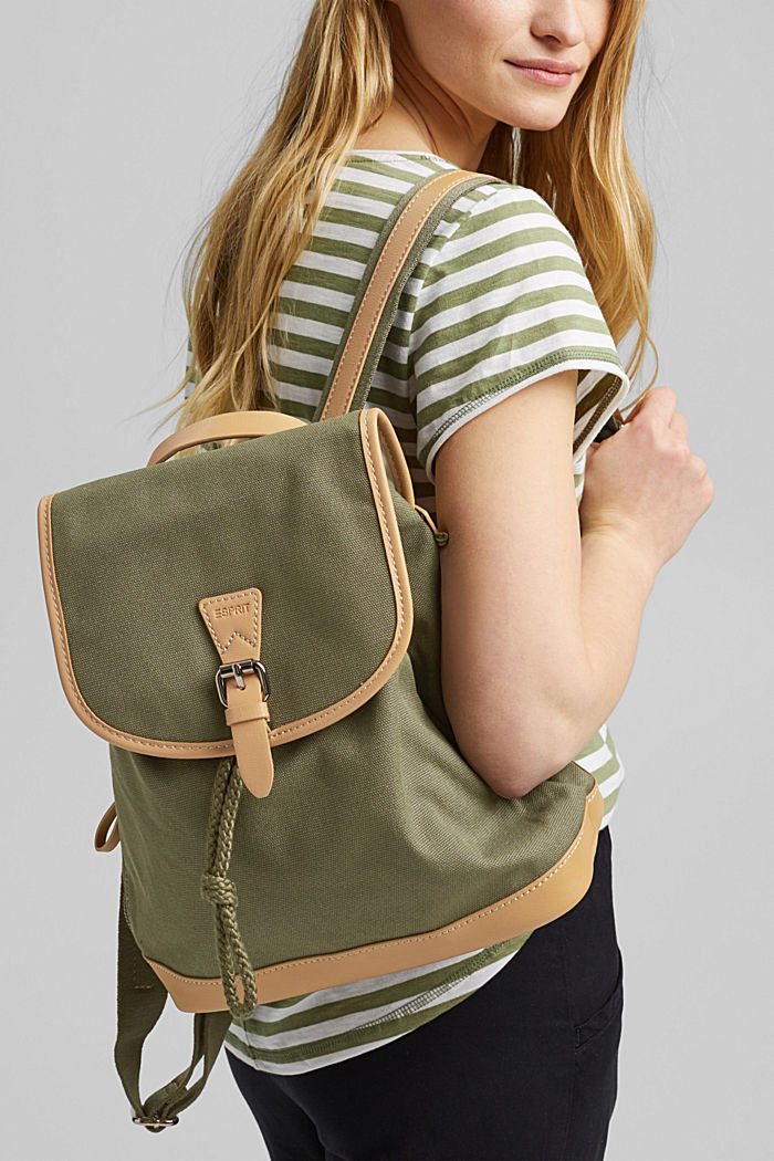 Susie T.: Cotton canvas rucksack