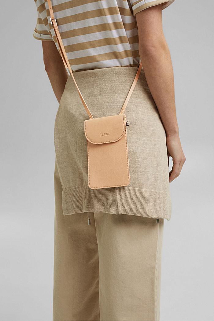 Vegan: faux leather phone bag, CAMEL, detail image number 4