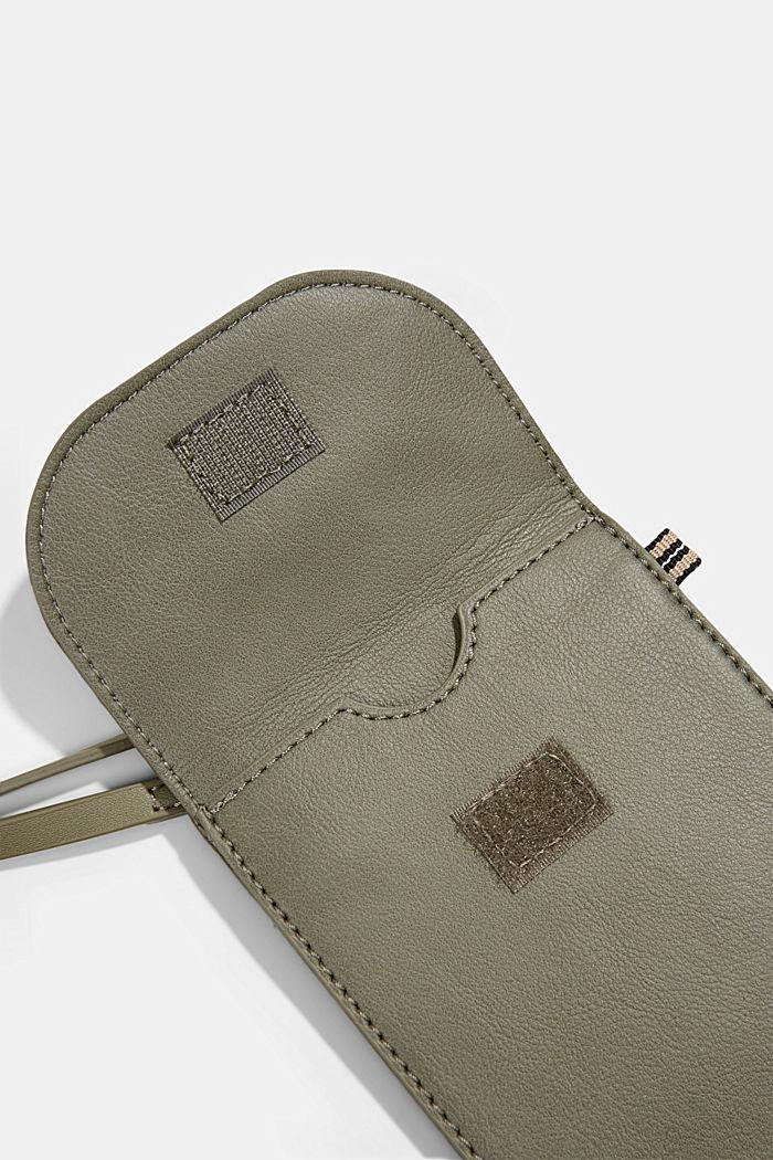 Vegan: Smartphone-Tasche in Lederoptik, OLIVE, detail image number 3
