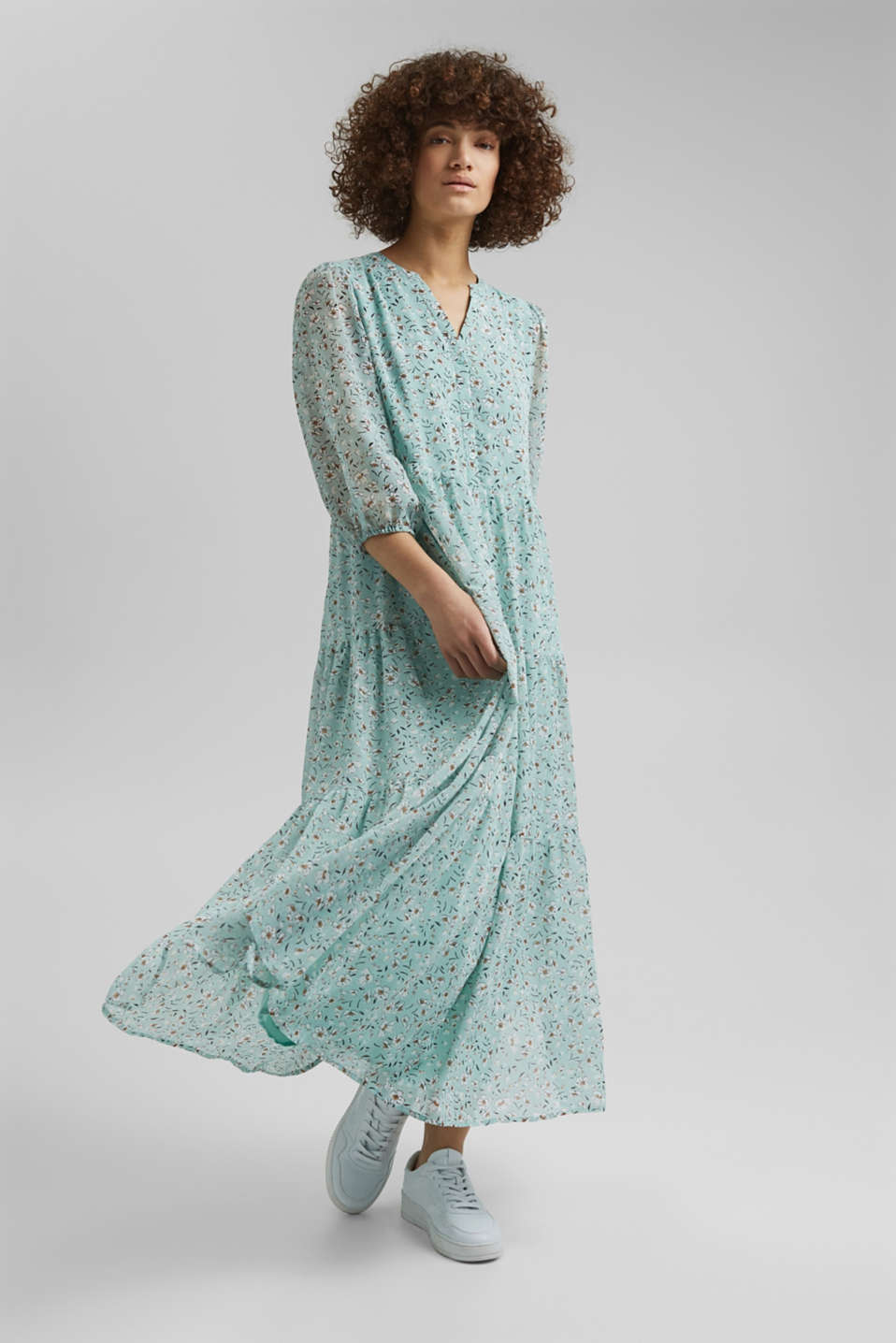 Esprit - Recycled: crushed chiffon maxi dress