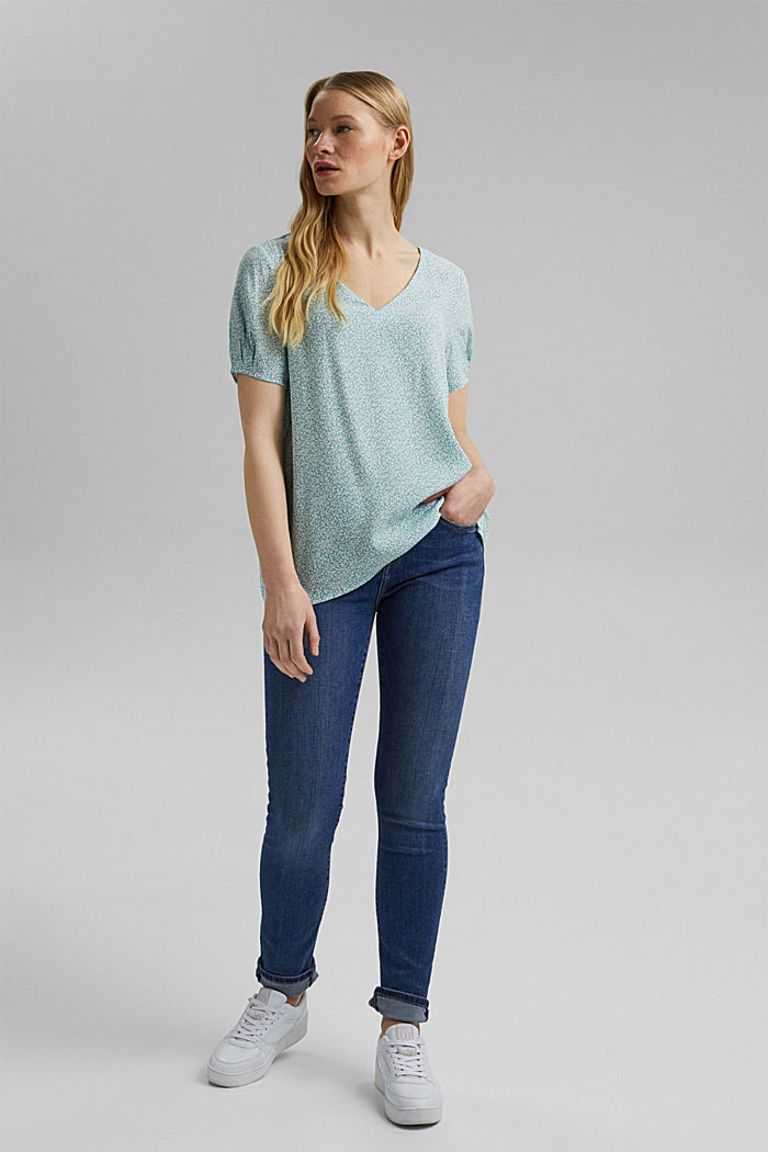 Flowing blouse top with a floral print, LIGHT AQUA GREEN, detail image number 1