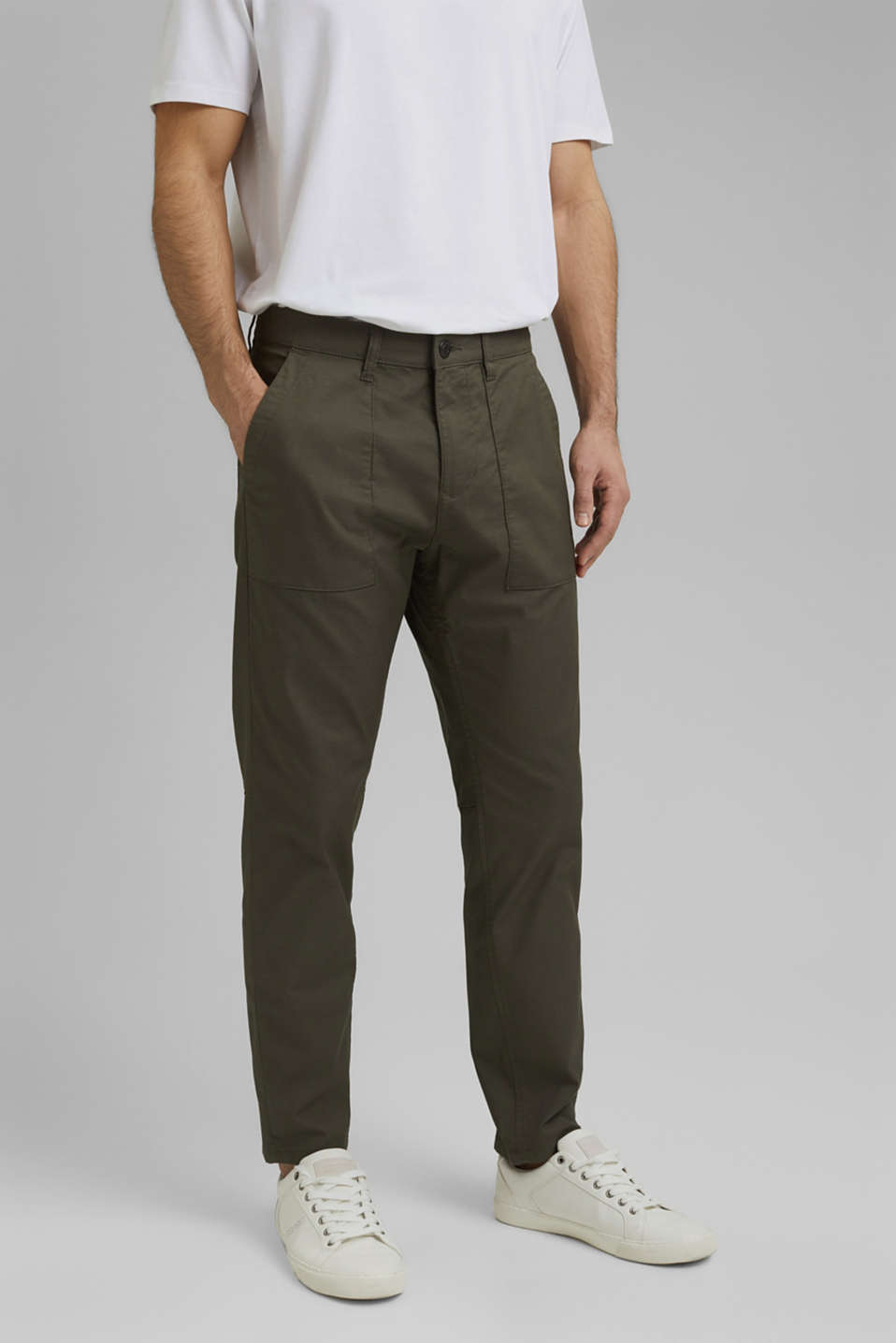 Esprit - Cargo trousers with COOLMAX® and organic cotton