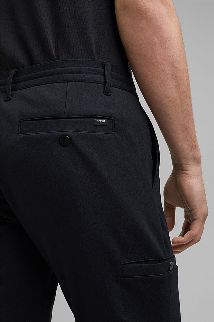 Cargo tracksuit bottoms with LENZING™ ECOVERO™, BLACK, detail image number 5