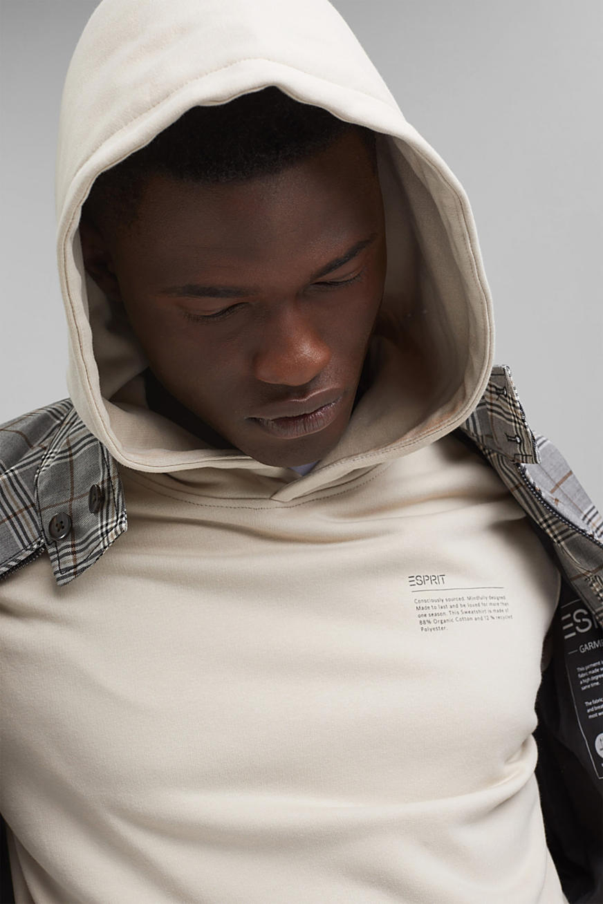 Recycled: hoodie containing organic cotton
