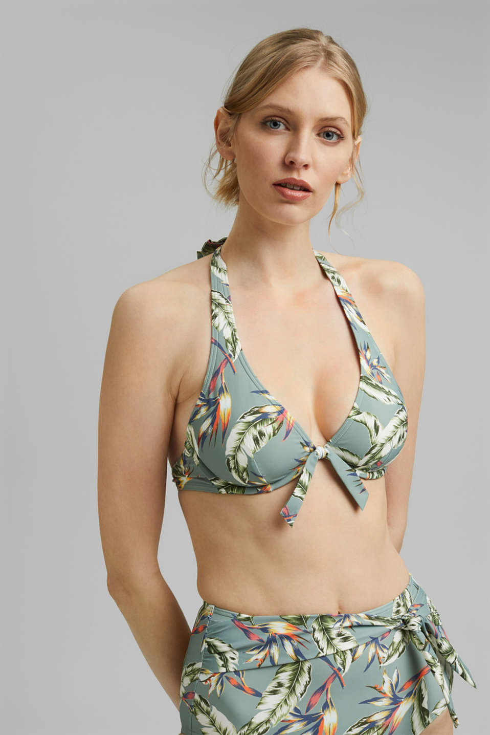 Esprit - Recycled: underwire bikini top with a tropical print