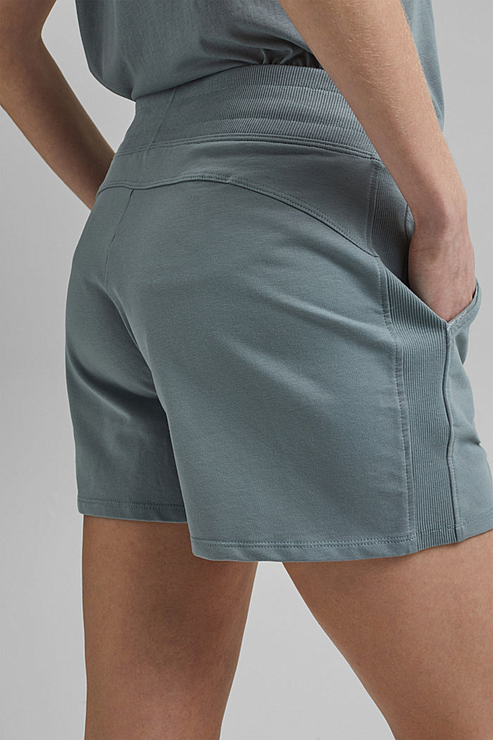 Sweatshirt fabric shorts with organic cotton, DUSTY GREEN, detail image number 5