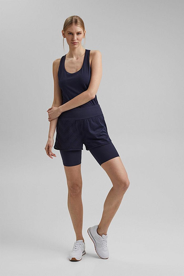 Reciclado: shorts, efecto de doble capa, tecnología E-DRY, NAVY, detail image number 1