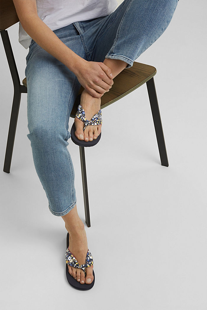 Thong sandals with a printed strap, DARK BLUE, detail image number 4