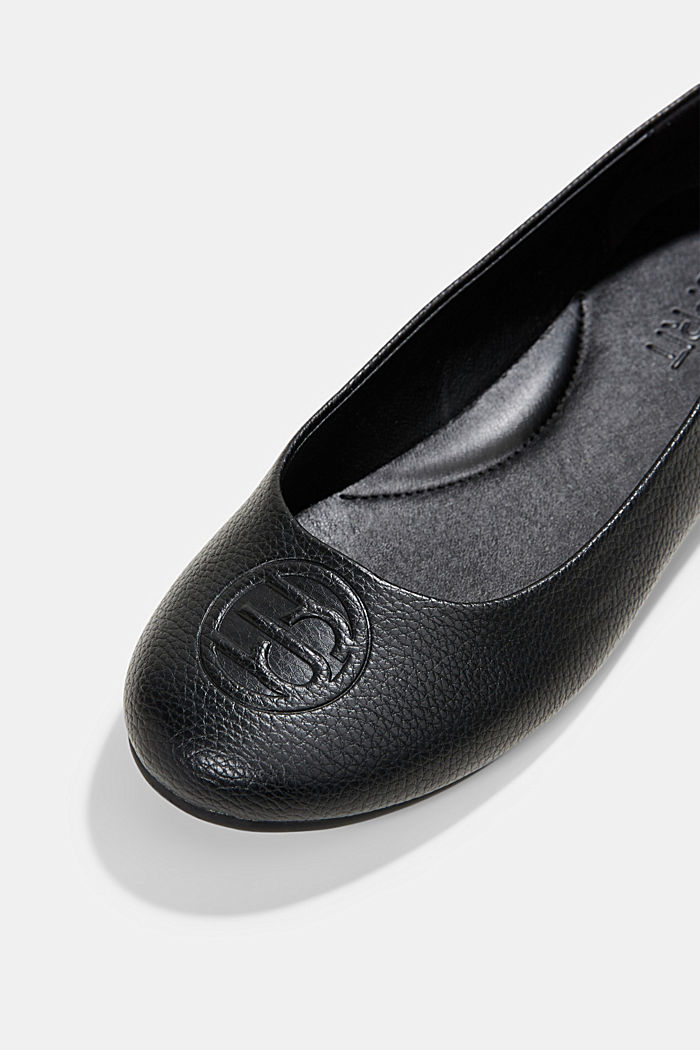 Ballerinas with a monogram in faux leather, BLACK, detail image number 4