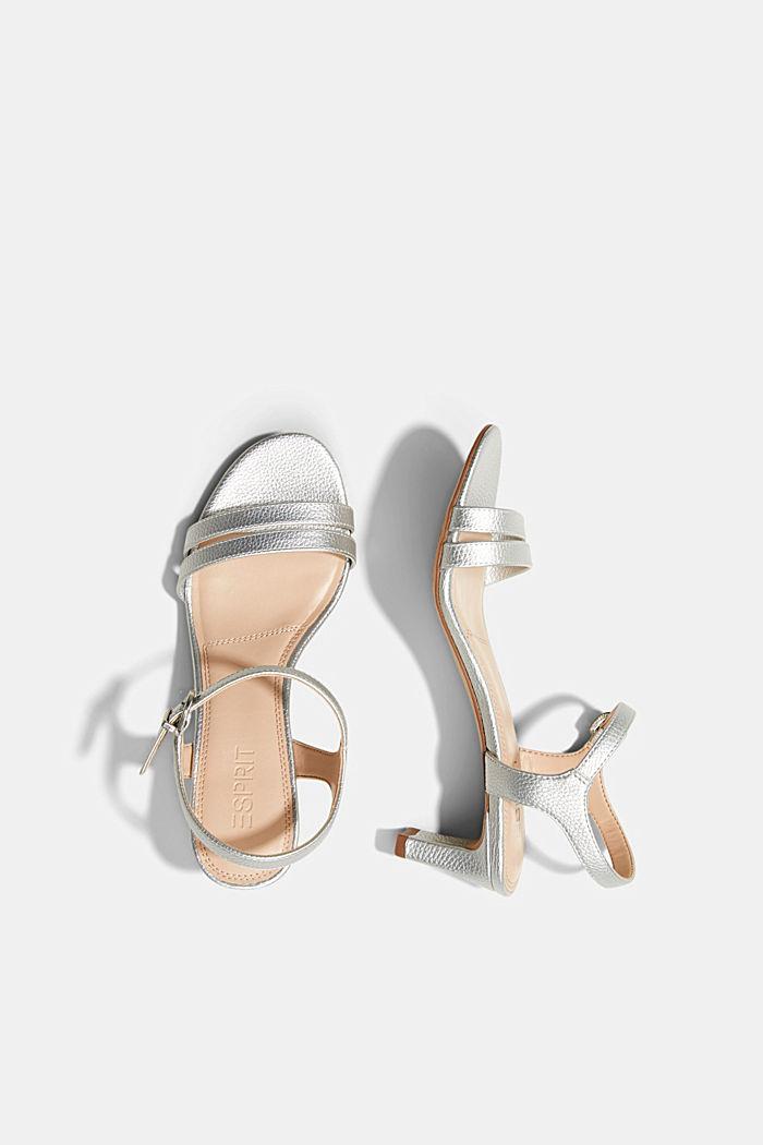 Riemchen-Sandalette im Metallic-Look, SILVER, detail image number 1