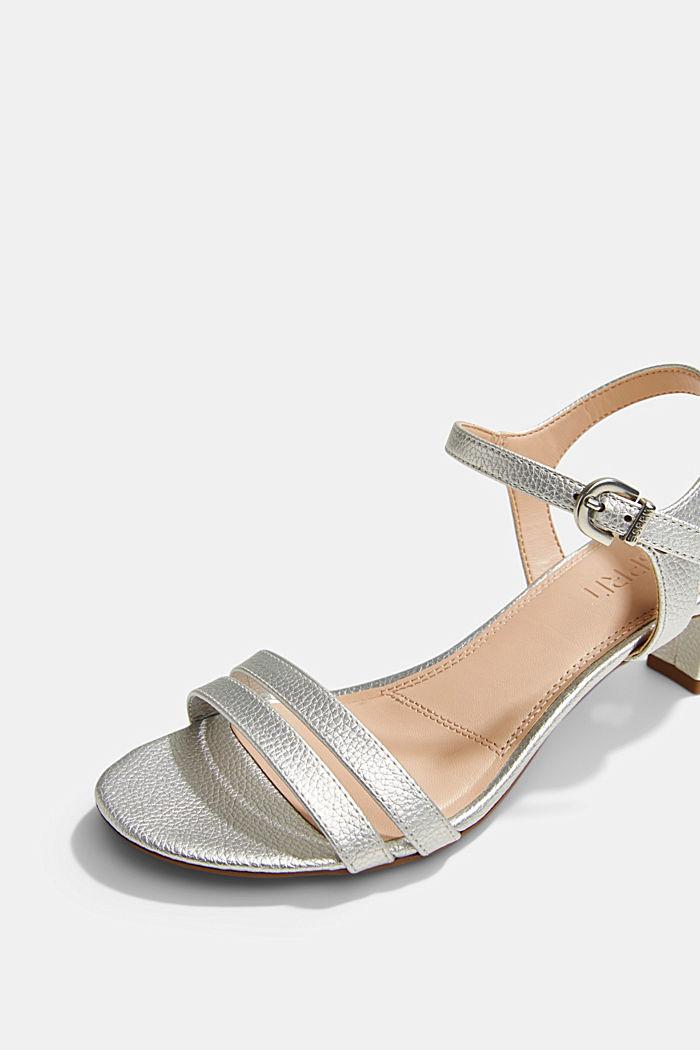 Riemchen-Sandalette im Metallic-Look, SILVER, detail image number 4
