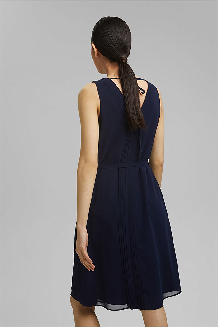 Chiffon dress with pintucks and a belt, NAVY, detail image number 2