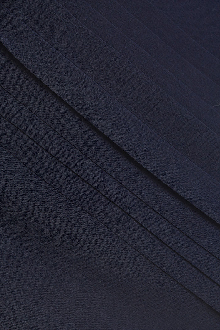 Chiffon dress with pintucks and a belt, NAVY, detail image number 4
