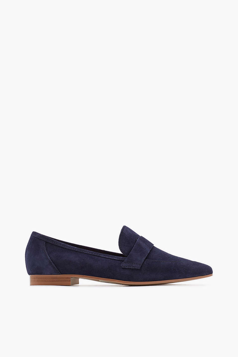Cowhide leather loafers in a feminine, pointed design