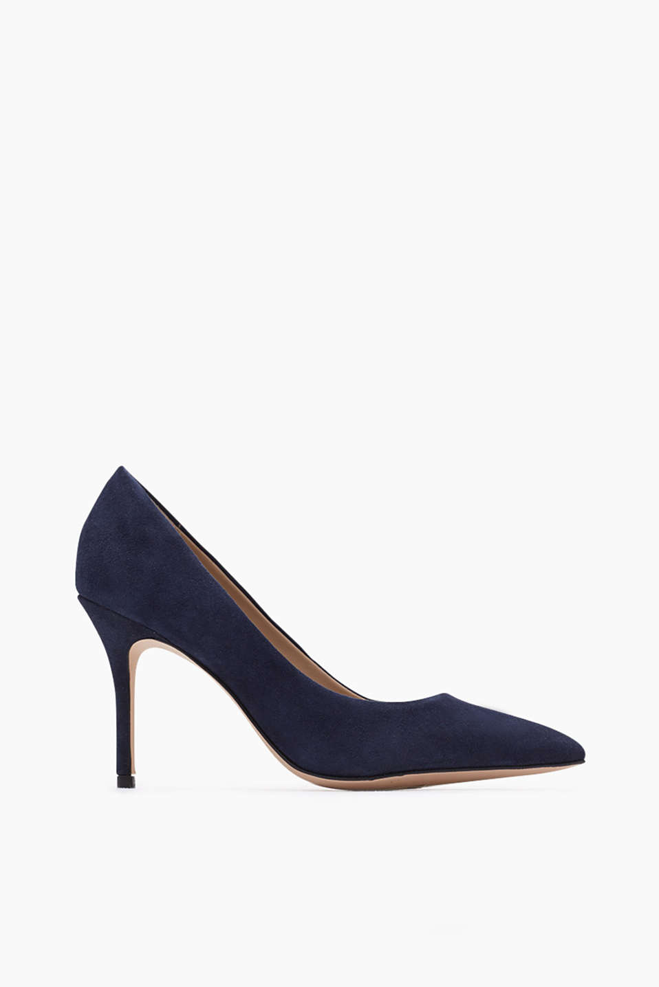 Pointy heels! Court shoes with a kitten heel