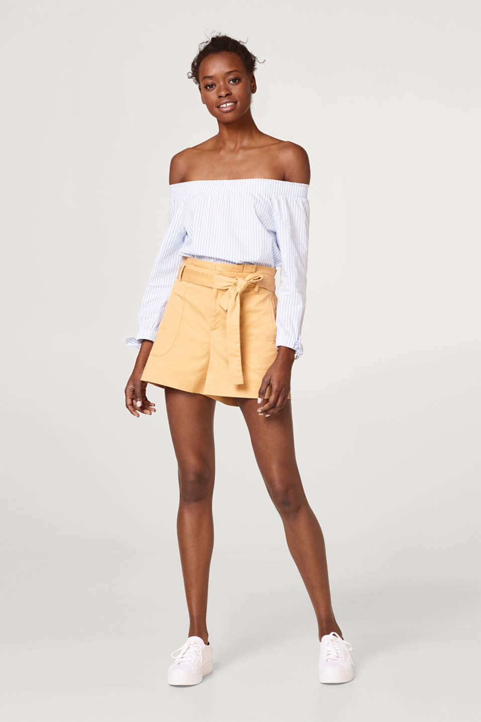 Soft twill shorts with a paperbag waistband