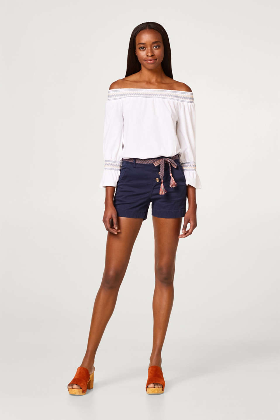 Shorts with a button fly and belt