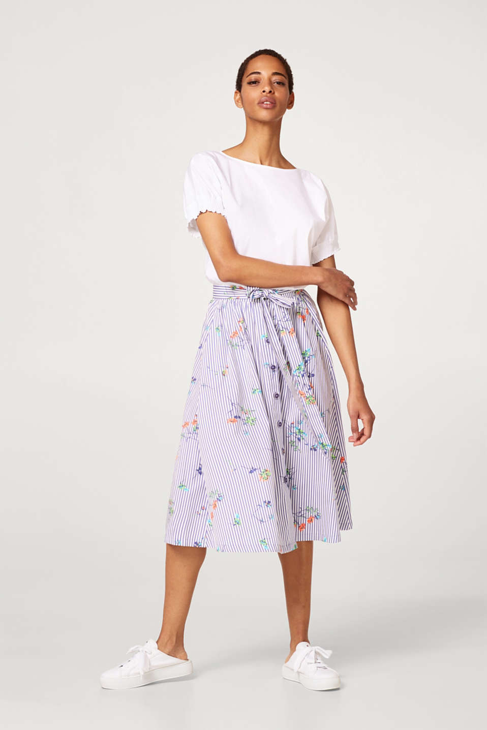 Flared midi skirt made of 100% cotton