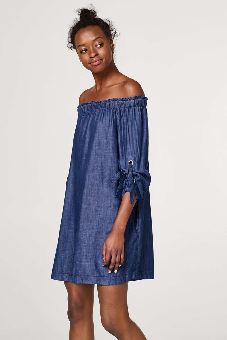 edc - Off-Shoulder-Kleid aus Lyocell in Denim-Optik
