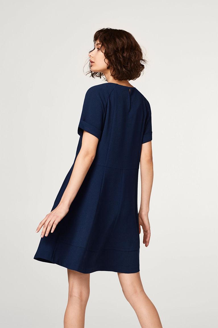 Leicht ausgestelltes Crêpe-Kleid