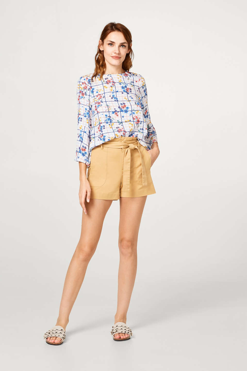 Fine print blouse with trumpet sleeves