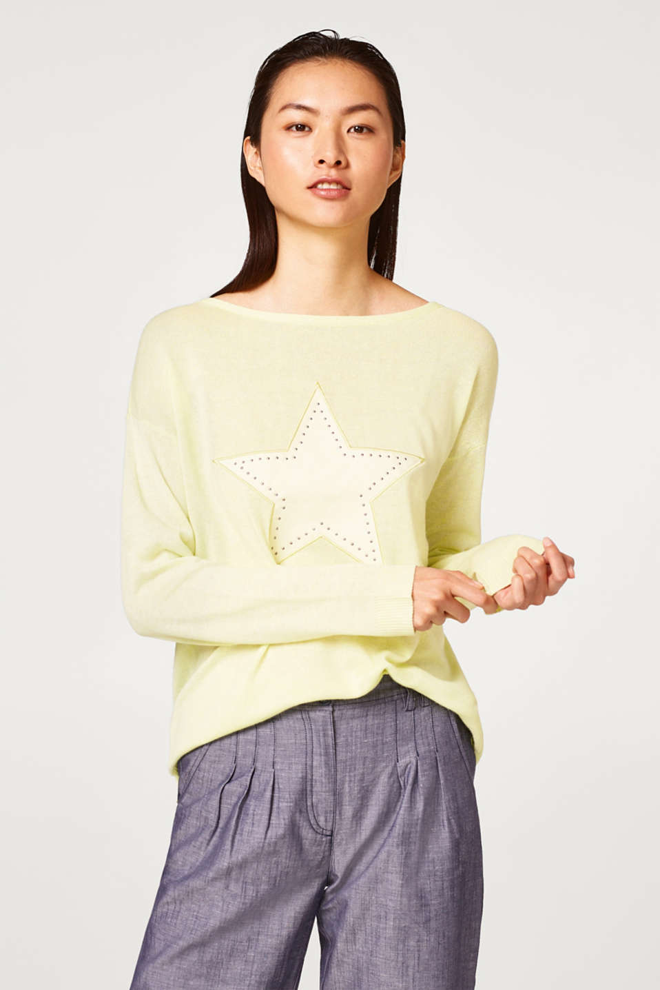 edc - Linen blend jumper with a star appliqué
