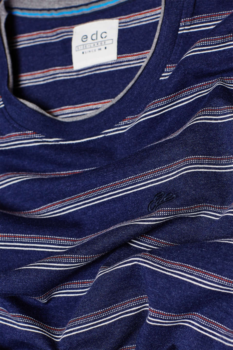 Jacquard top with textured stripes, made of jersey