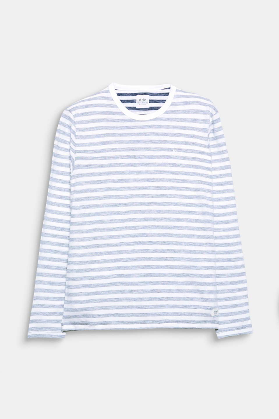 Urban and nautical in one: the inside-out stripe print makes this long sleeve top look mega cool.