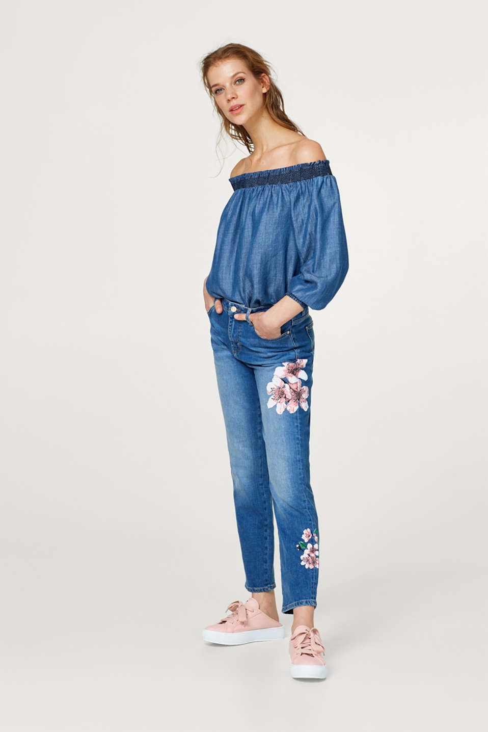 Esprit - Stretch-Jeans mit plakativen Blumen-Prints