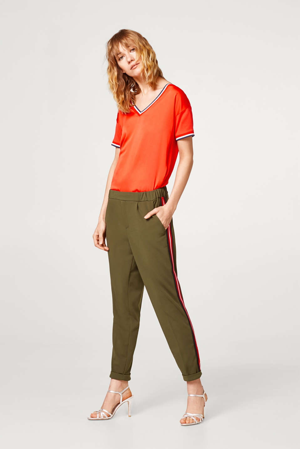 Esprit - Crêpe trousers in a joggers style