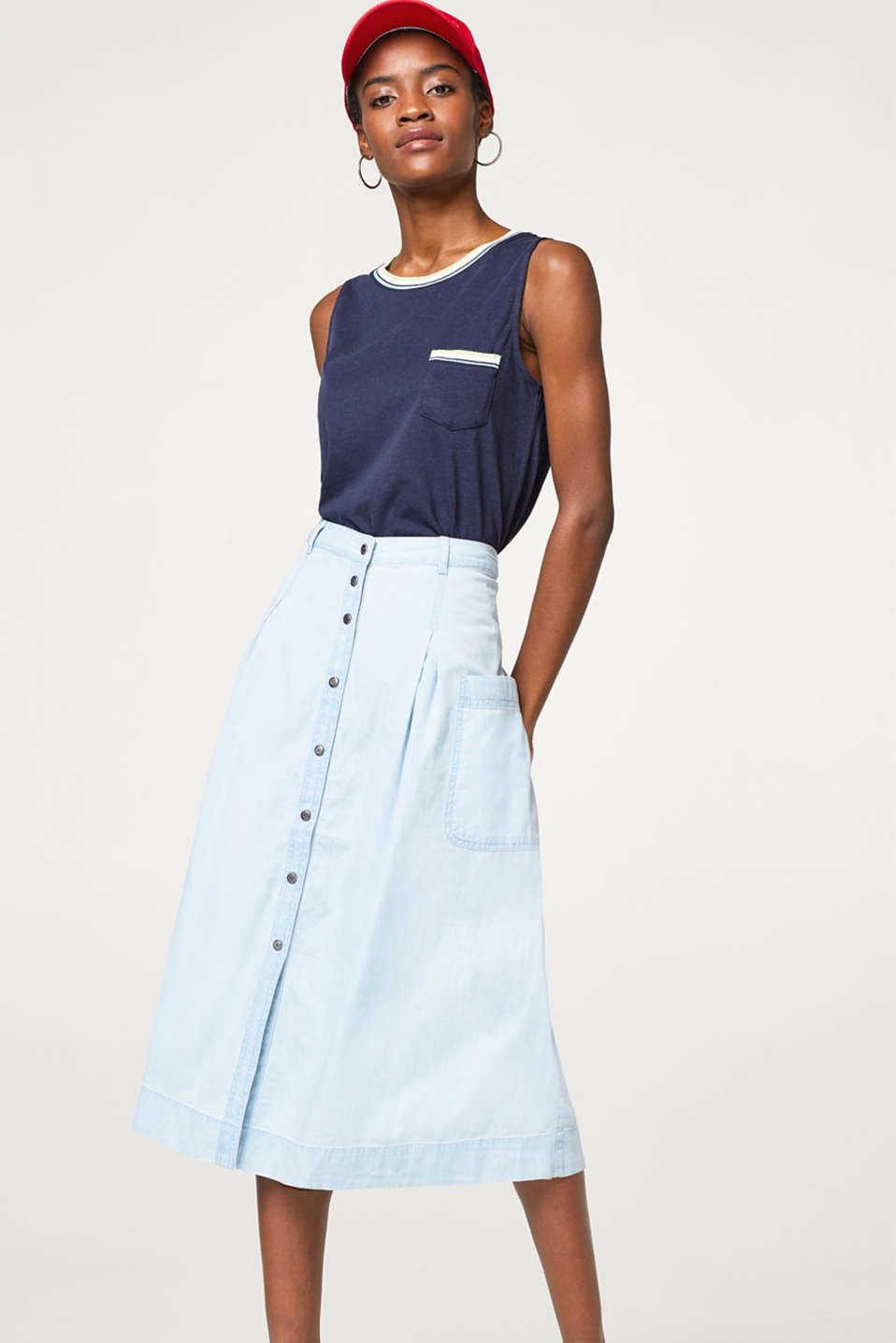 Esprit - Midi skirt in lightweight denim, 100% cotton