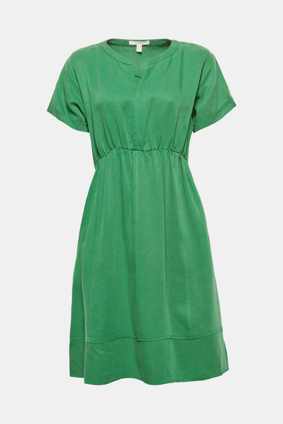This lightweight dress is your perfect companion for relaxed, warm days thanks to its fashionable colours and casual cut.
