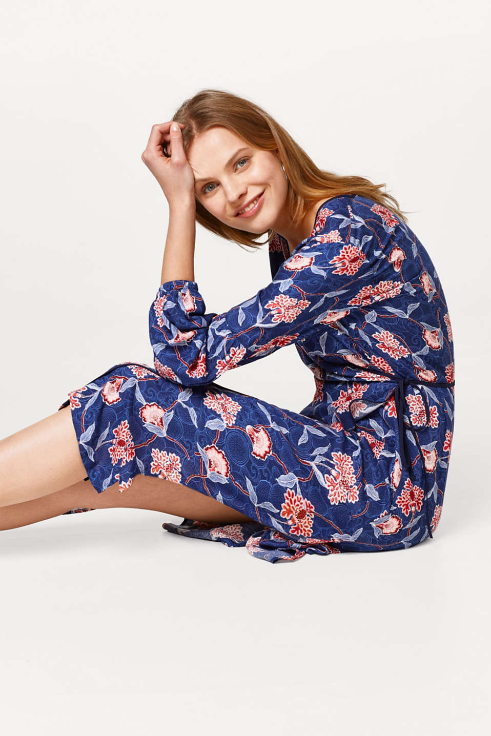 Lightweight kimono dress with a wrap-over effect and a print