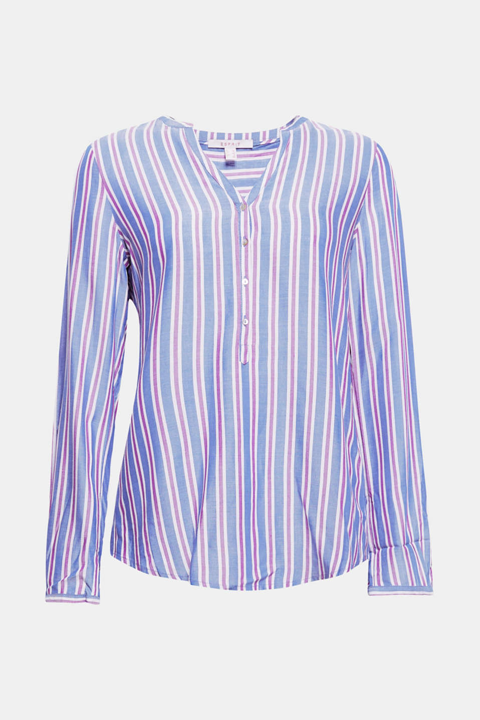 This lightweight striped blouse looks classic and casual thanks to a Henley neckline and turn-up sleeves!