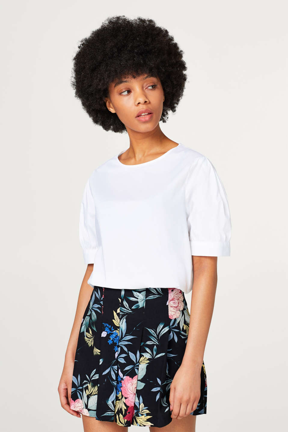 Esprit - Light stretch blouse with puff sleeves