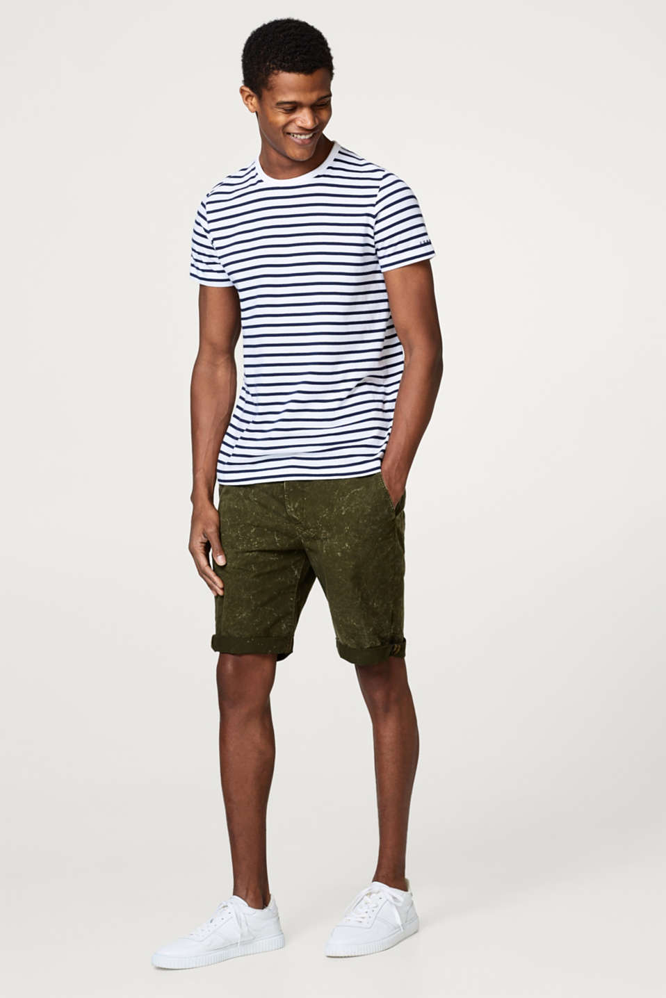 Esprit - Chino shorts with an acid finish, in 100% cotton