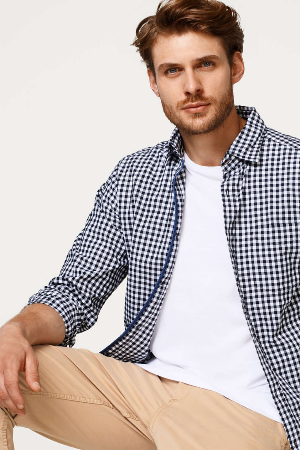 Esprit - Lightweight check shirt in smooth cotton fabric