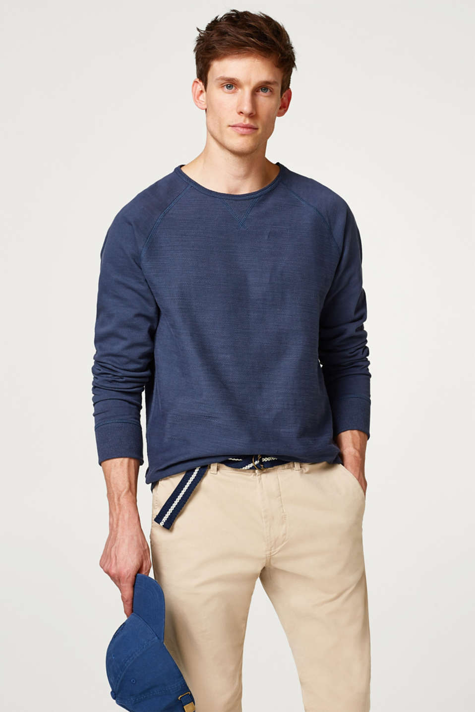 Esprit - Light sweatshirt with a striking texture