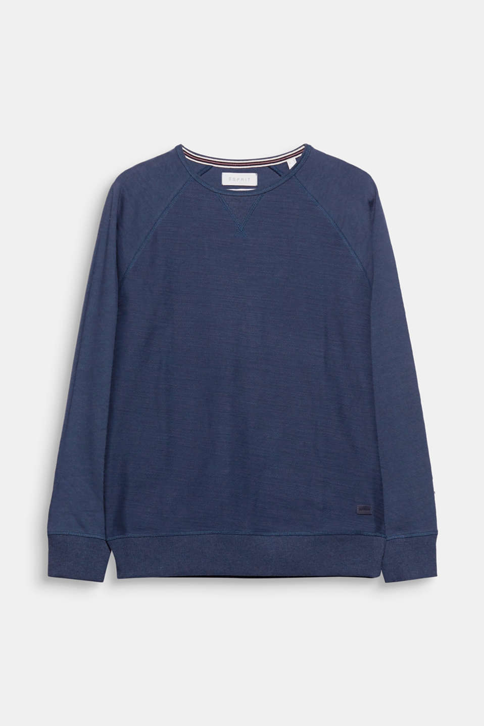 Trend - French terry fabric: sweatshirt look plus the lightness of a long sleeve tee equals mega cool!