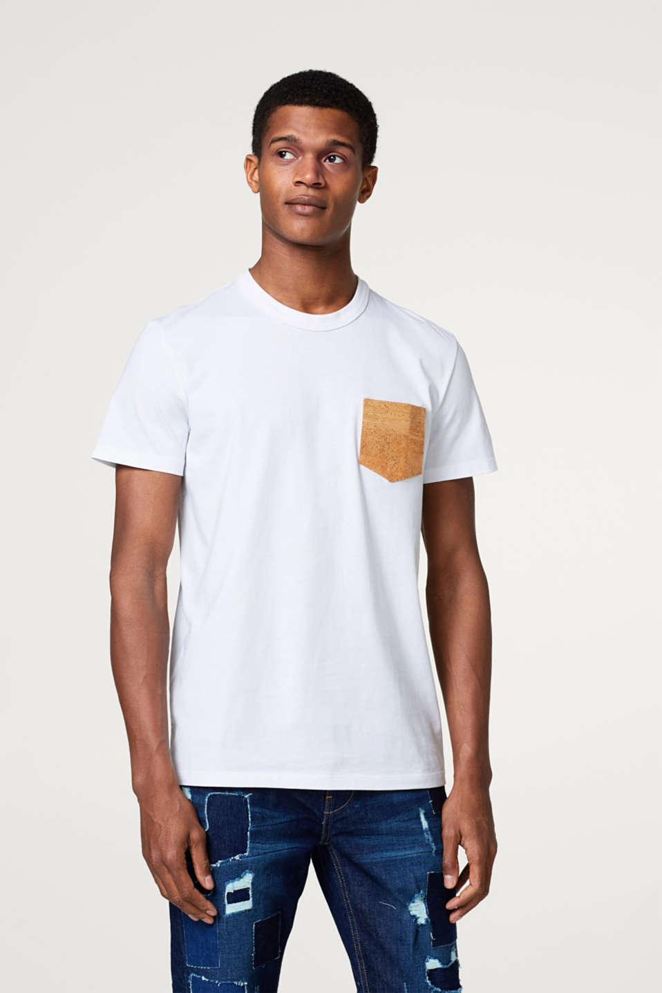 Esprit - Jersey T-shirt with a patch breast pocket made of cork