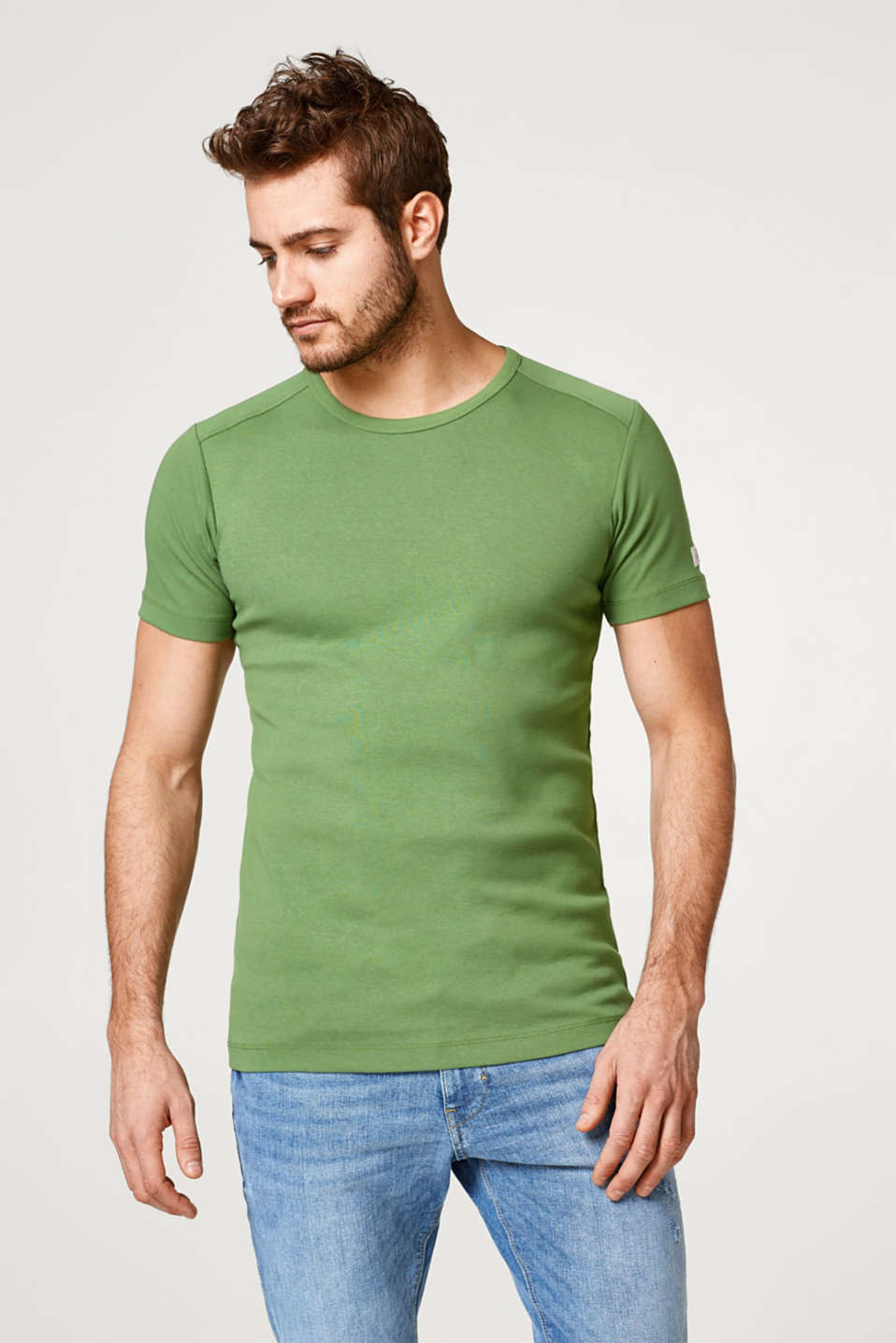 Esprit - Basic T-shirt in full needle rib, made of cotton