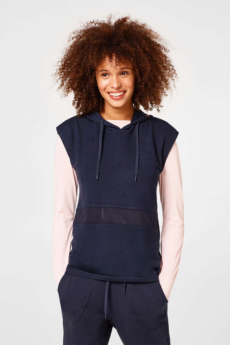 Esprit - Soft hooded sweatshirt with an airy mesh trim