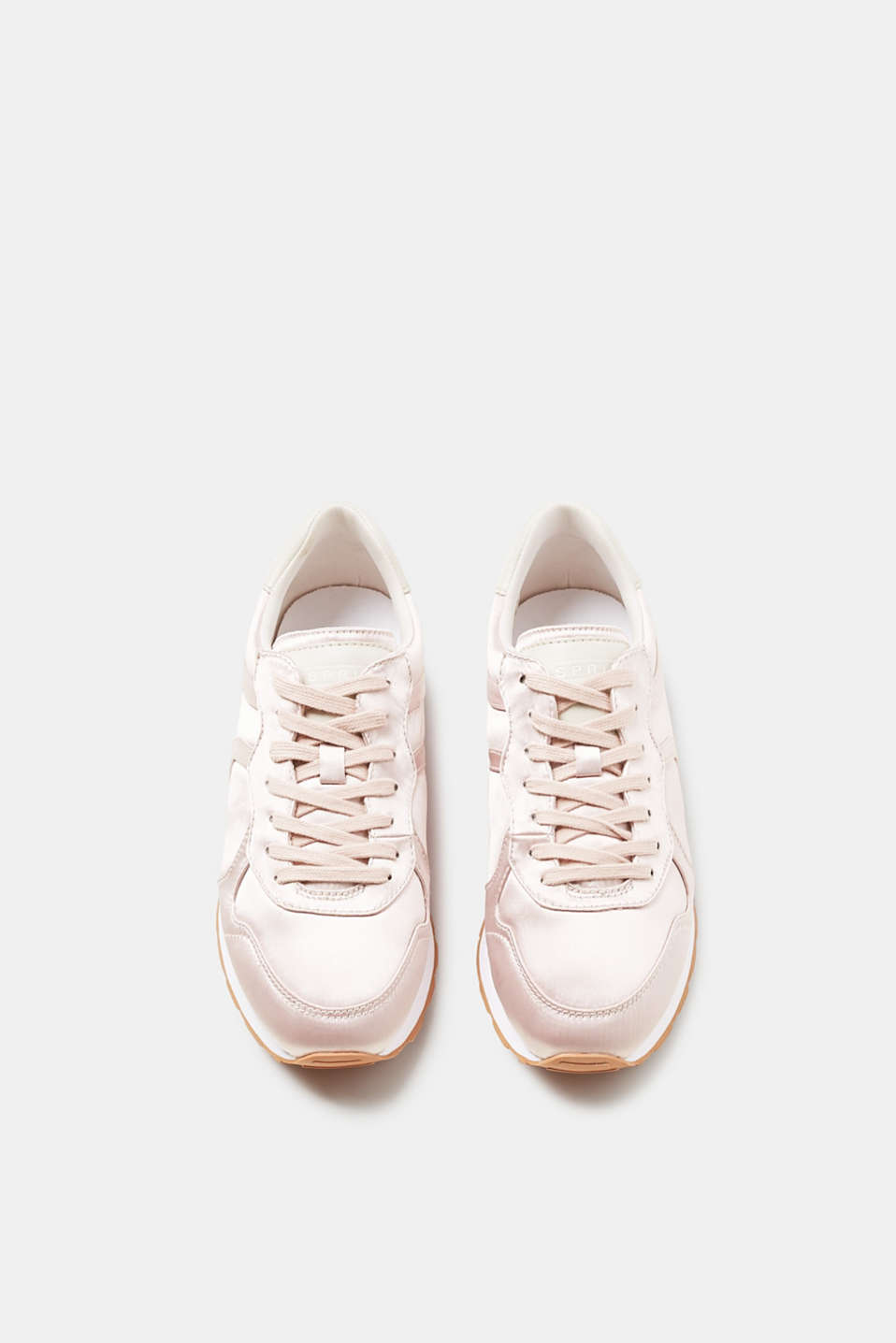 Lace-up trainers with a fine shimmer